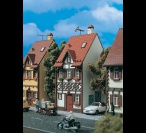 H0 3672 HALF TIMBERED HOUSE