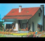 H0 3713 COUNTRY HOUSE
